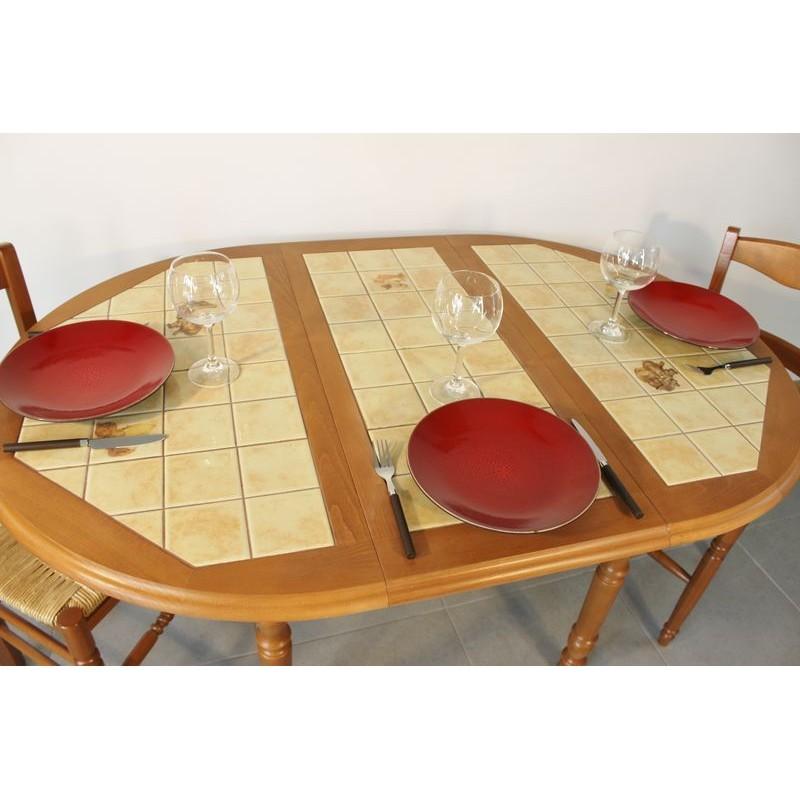 ensemble table cuisine bois rustique 4 chaises paill es assorties. Black Bedroom Furniture Sets. Home Design Ideas
